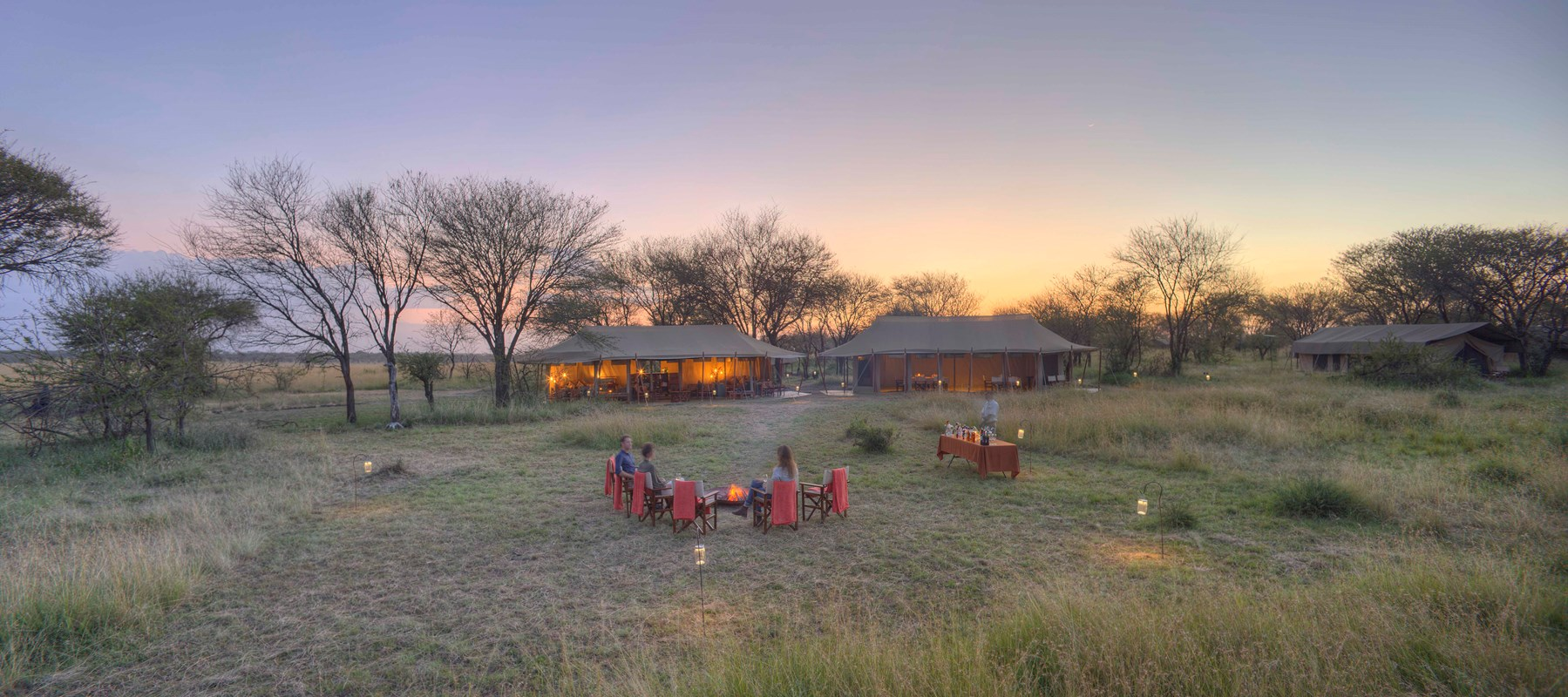 10 Olakira Migration Camp Sundowners In Camp