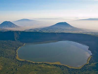Empakai Ngorongoro Crater in the southern Serengtei.