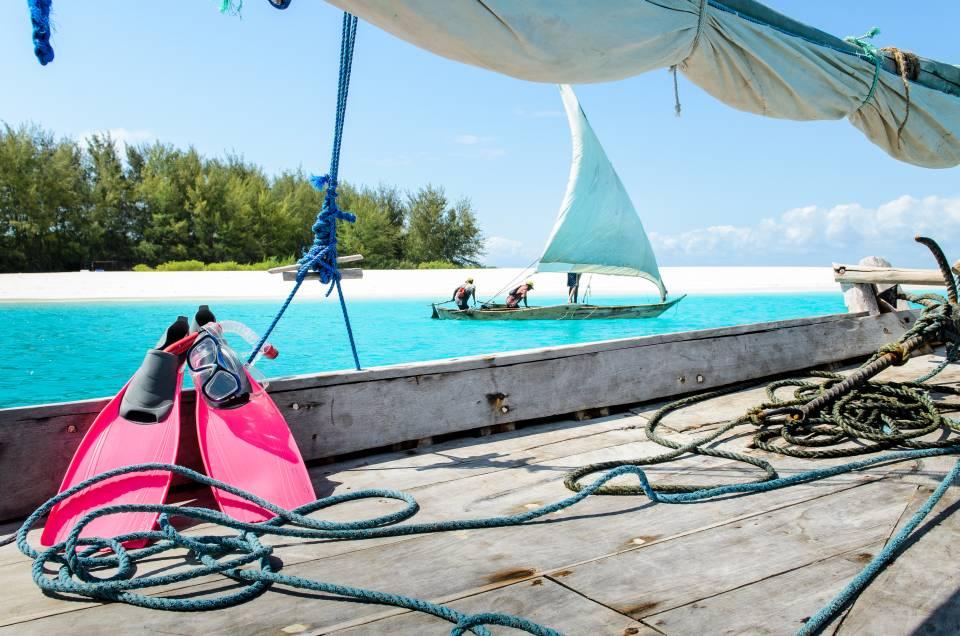 Matemwe Beach House snorkelling boat