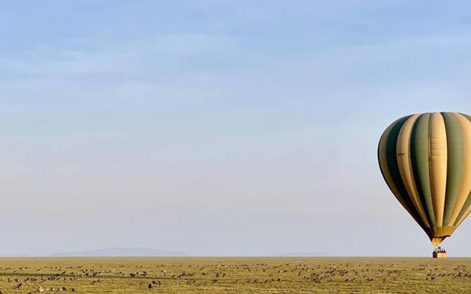 guided serengeti balloon safari