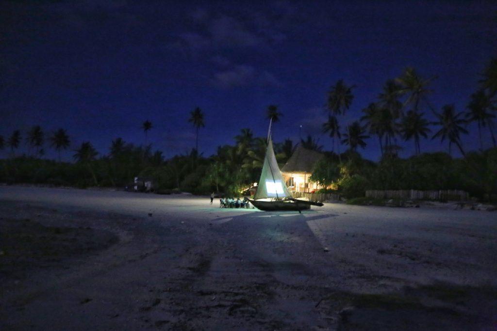 twende baharini open air cinema on the beach