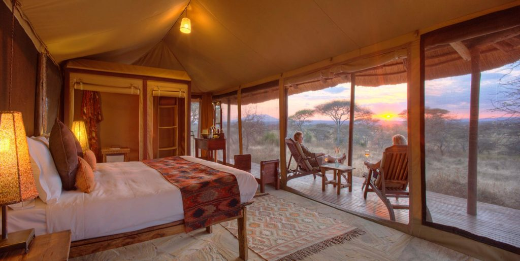 olivers-camp-guest-sundowners