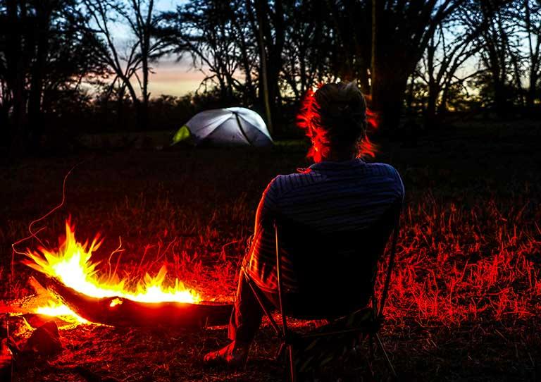wayo-walking-fly-camp-fire-ngorongoro-to-the-serengeti