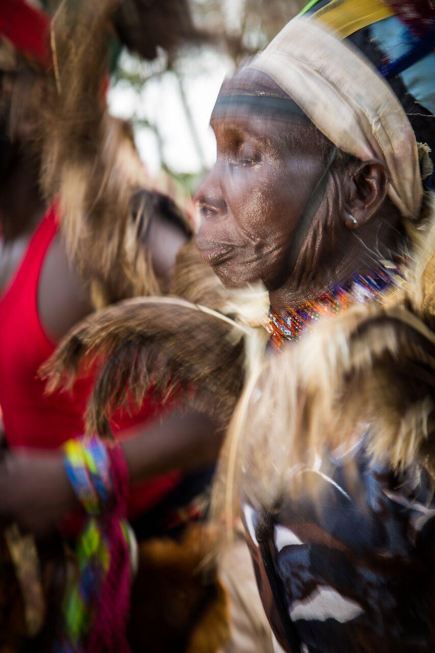 black feet tribe characteristics